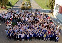 Skolai 100 gadi